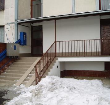 Kompletní revitaliizace vstupního schodiště